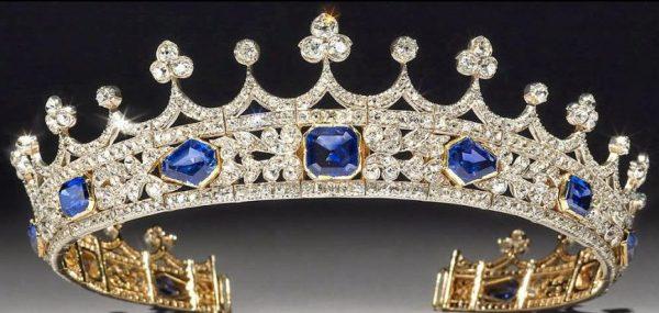 Queen Victoria's Sapphire Coronet 3